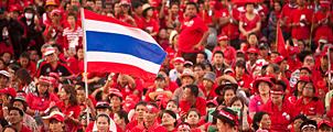 Massademonstratie roodhemden in Bangkok