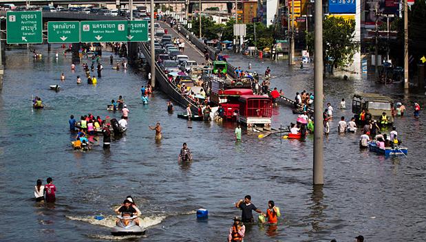Reizen naar binnenstad Bangkok afgeraden