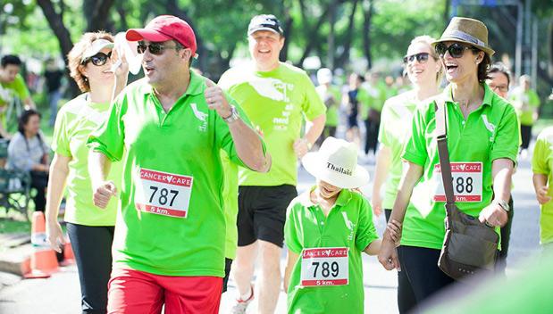 Loop voor het goede doel in het Lumpini Park